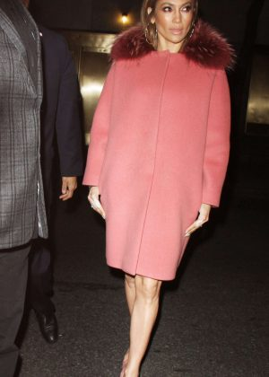 Jennifer Lopez - Arrives at Late Night with Seth Meyers in NYC