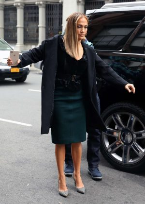 Jennifer Lopez - Arrives at 'Second Act' set in New York