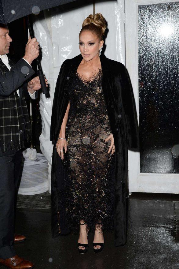 Jennifer Lopez 2019 : Jennifer Lopez – Arrives at the 29th Annual IFP Gotham Awards-12