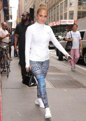 Jennifer Lopez - Arriving at Ripley-Grier Studios for rehearsal in New York