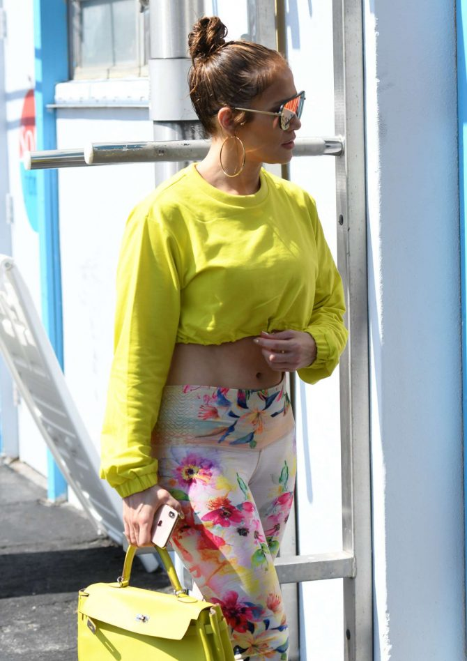 Jennifer Lopez – Arriving at SOMI Gym in Miami