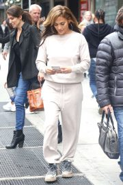 Jennifer Lopez - Arriving on the set of 'The Hustlers' in New York