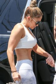 Jennifer Lopez - Arriving to the gym in Miami