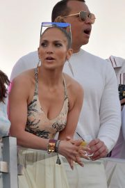 Jennifer Lopez at the Pegasus World Cup at Gulfstream Park in Hallandale