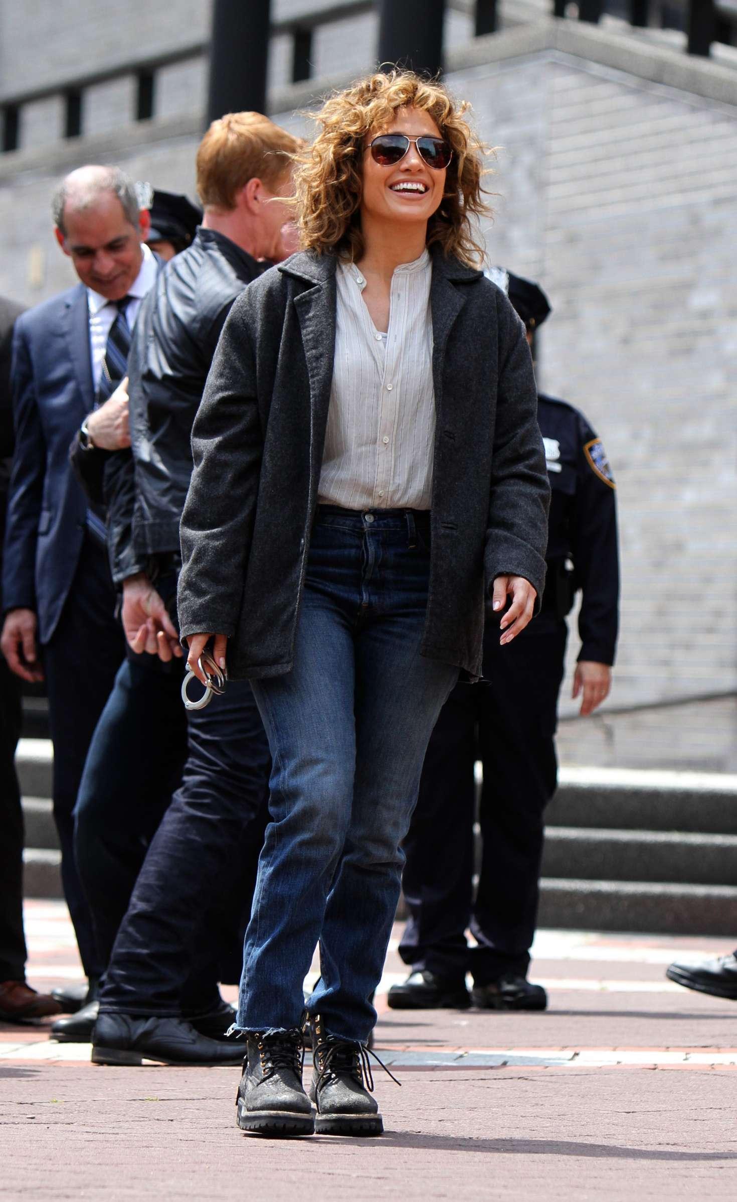 Jennifer Lopez 2017 : Jennifer Lopez at the Shades of Blue set -23