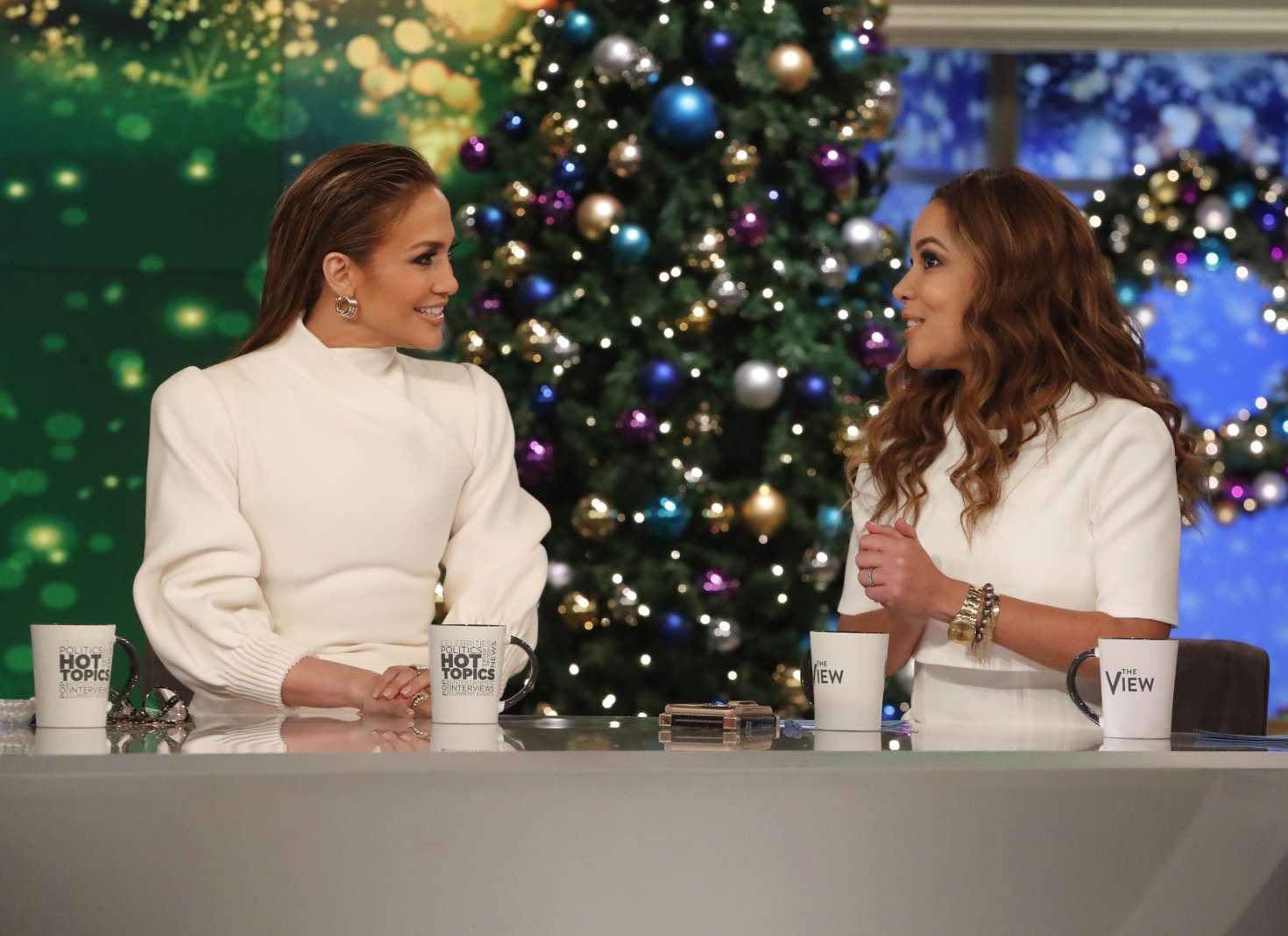 Jennifer Lopez 2018 : Jennifer Lopez at The View -11