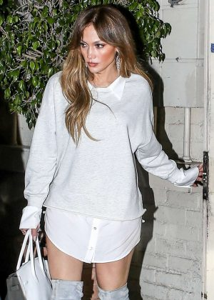 Jennifer Lopez at Tom Ford after a quick shopping in Los Angels