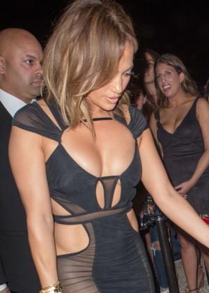 Jennifer Lopez - Celebrating her 46th birthday at 1OAK in Southhampton