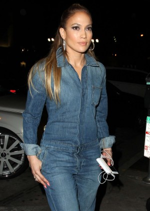 Jennifer Lopez in Jeans at Craigs Restaurant in West Hollywood
