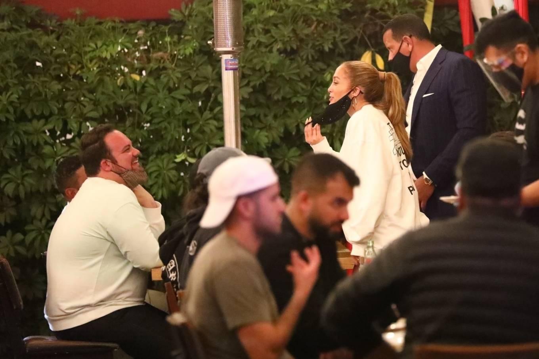 Jennifer Lopez 2020 : Jennifer Lopez – Exit after dinner at Matsuhisa in Beverly Hills-07