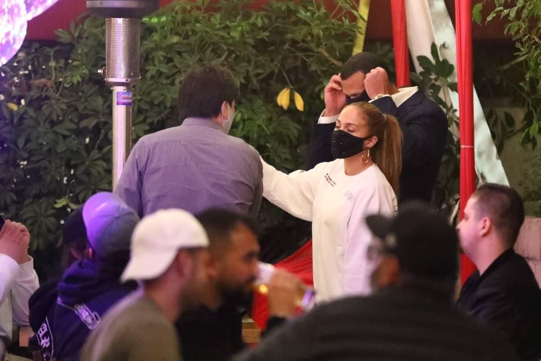 Jennifer Lopez 2020 : Jennifer Lopez – Exit after dinner at Matsuhisa in Beverly Hills-08