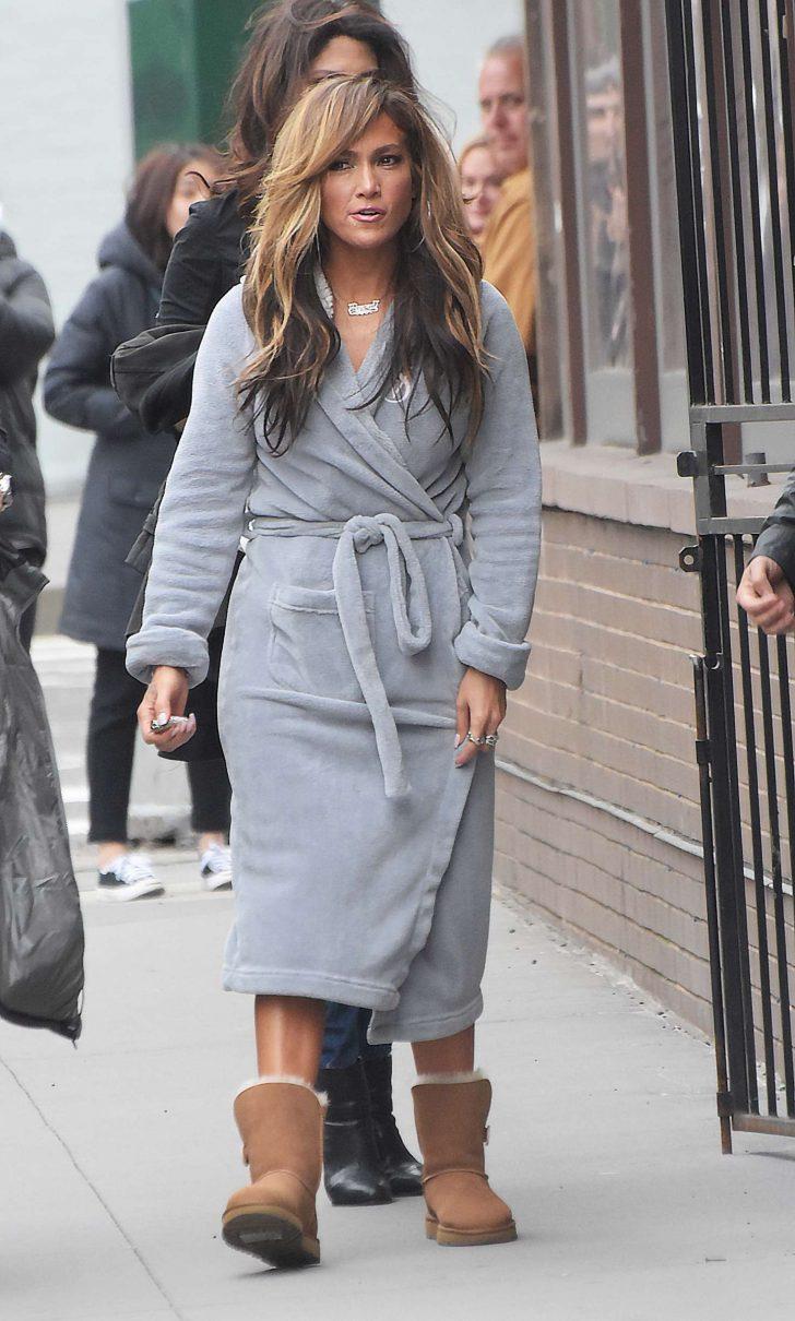 Jennifer Lopez: Filming Hustlers in NYC -10 – GotCeleb
