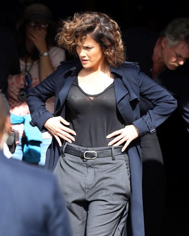 Jennifer Lopez - Filming 'Shades Of Blue' in Brooklyn