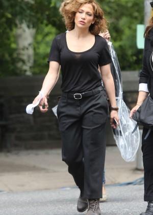 Jennifer Lopez - Filming 'Shades of Blue' set in NY
