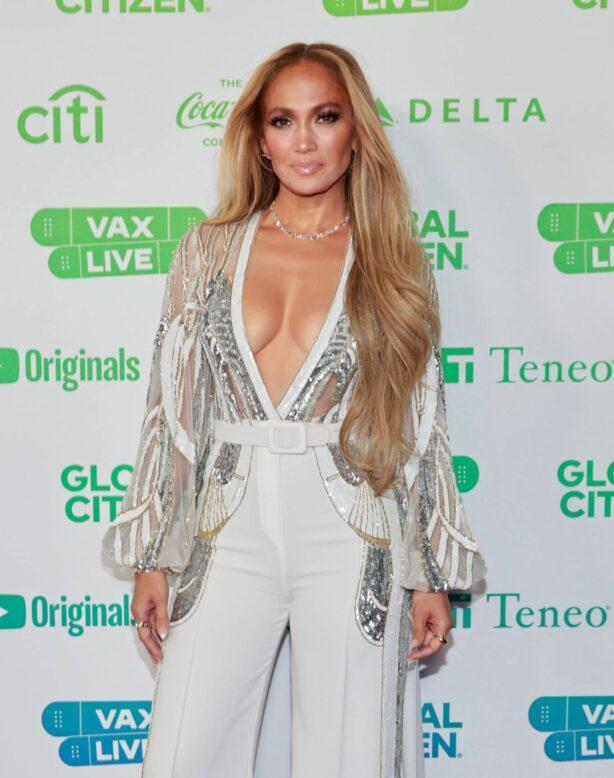 Jennifer Lopez - Global Citizen Vax Live: The Concert to Reunite the World at SoFi Stadium