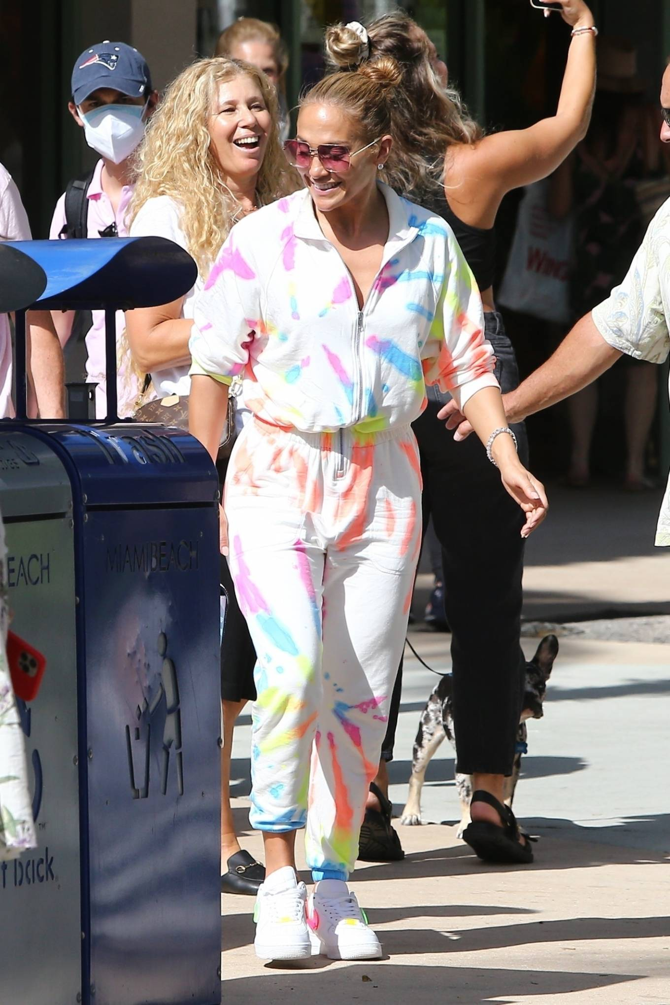 Jennifer Lopez 2021 : Jennifer Lopez – goes out for a bite with her kids Emme and Max in Miami-07