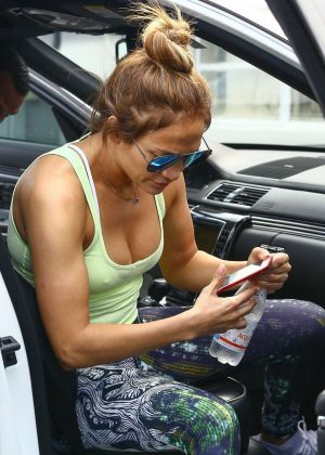 Jennifer Lopez - Goes to the Gym in Miami