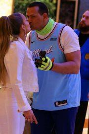 Jennifer Lopez - Hard Rock set for 2020 Super Bowl commercial