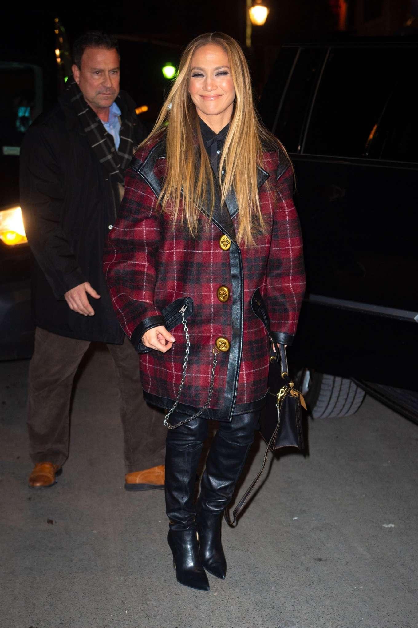 Jennifer Lopez - Heading to the SNL cast dinner in New York