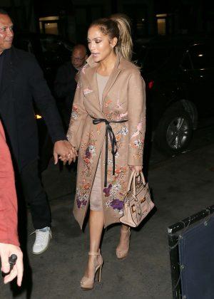 Jennifer Lopez - Heads to a dinner in the West Village
