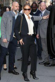 Jennifer Lopez - Heads to Sirius Radio in NYC