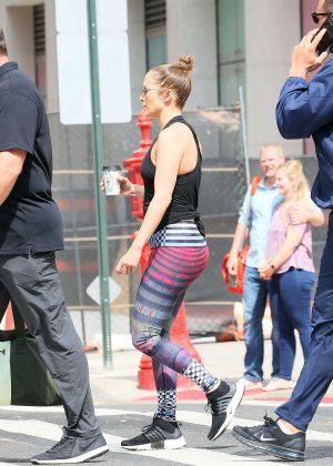 Jennifer Lopez - Heads to the gym in downtown Manhattan