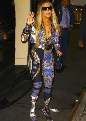 Jennifer Lopez - Heads to the VMA's After Party in New York