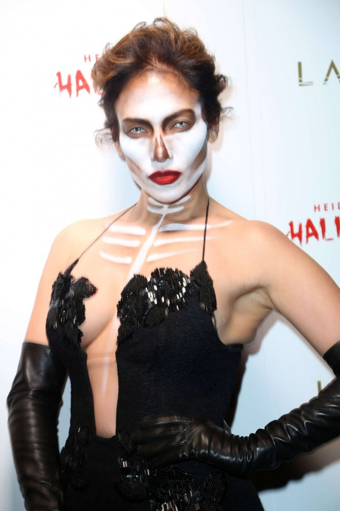 Jennifer Lopez – Heidi Klum Halloween Party 2015 in NY