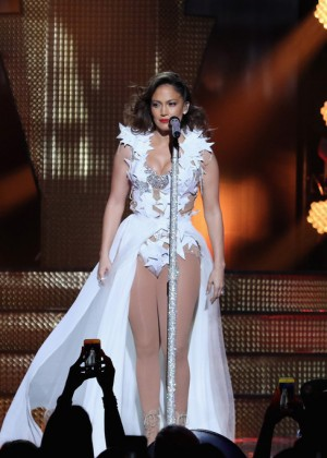Jennifer Lopez: iHeartRadio Fiesta Latina -02