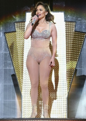 Jennifer Lopez: iHeartRadio Fiesta Latina -13