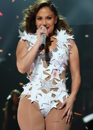 Jennifer Lopez: iHeartRadio Fiesta Latina -26
