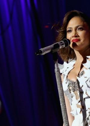 Jennifer Lopez: iHeartRadio Fiesta Latina -30