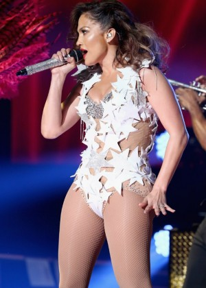 Jennifer Lopez - iHeartRadio Fiesta Latina in Miami