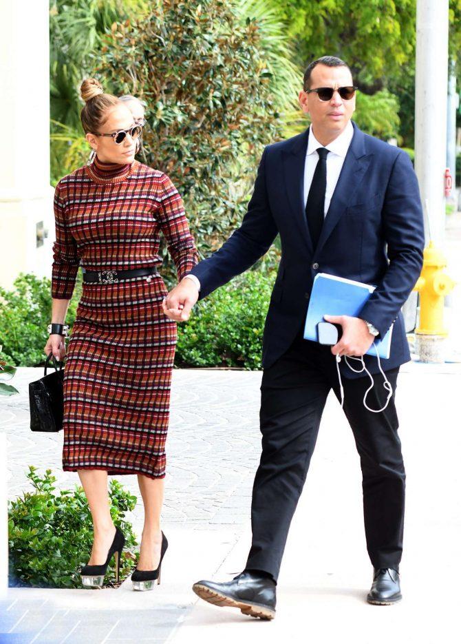 Jennifer Lopez in Plaid Dress -03
