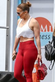Jennifer Lopez - In red leggings at the gym in Miami