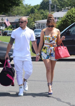 Jennifer Lopez in Shorts with Casper Smart -29