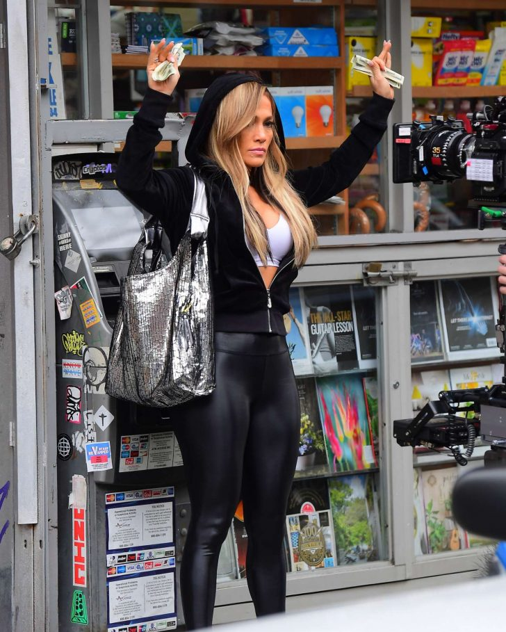 Jennifer Lopez in Spandex: On the set of Hustlers -01