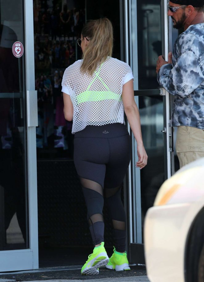 Jennifer Lopez In Tights Heads To The Gym 03 Gotceleb