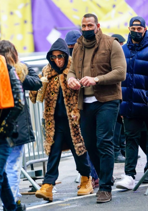 Jennifer Lopez - In Times Square in New York