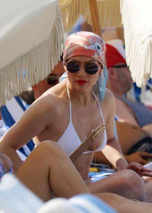 Jennifer Lopez In White Bikini Top On The Beach In Miami