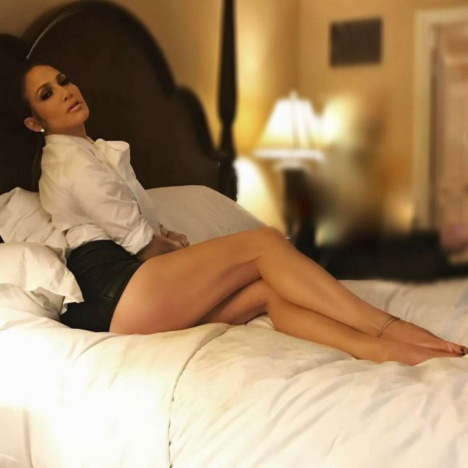 Jennifer Lopez - Instagram pics