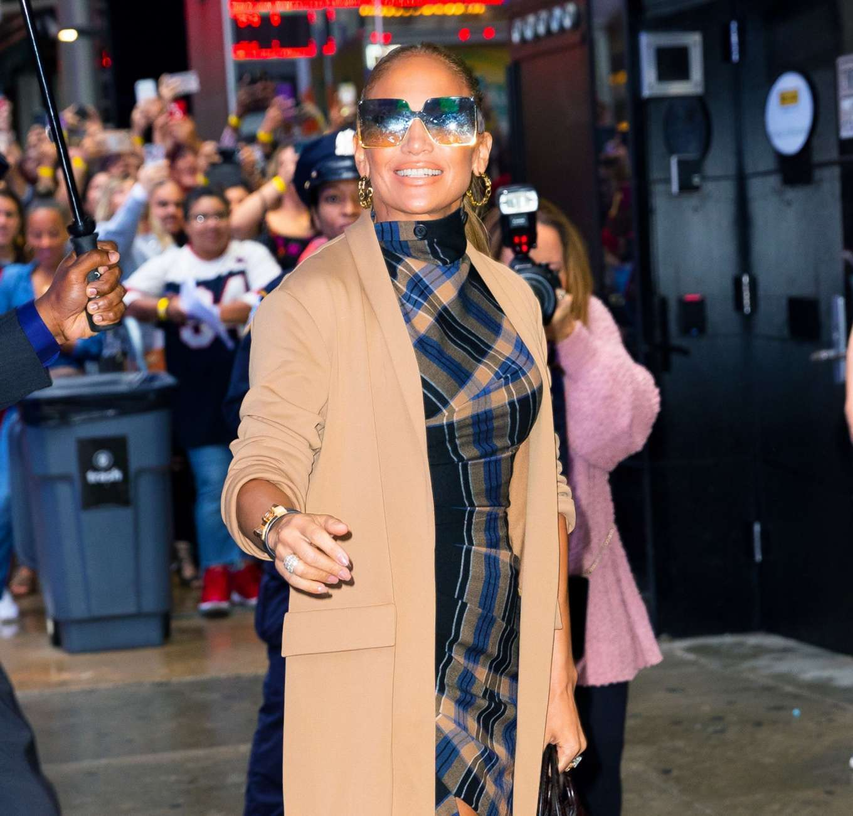 Jennifer Lopez 2019 : Jennifer Lopez is seen arriving at Good Morning America-05
