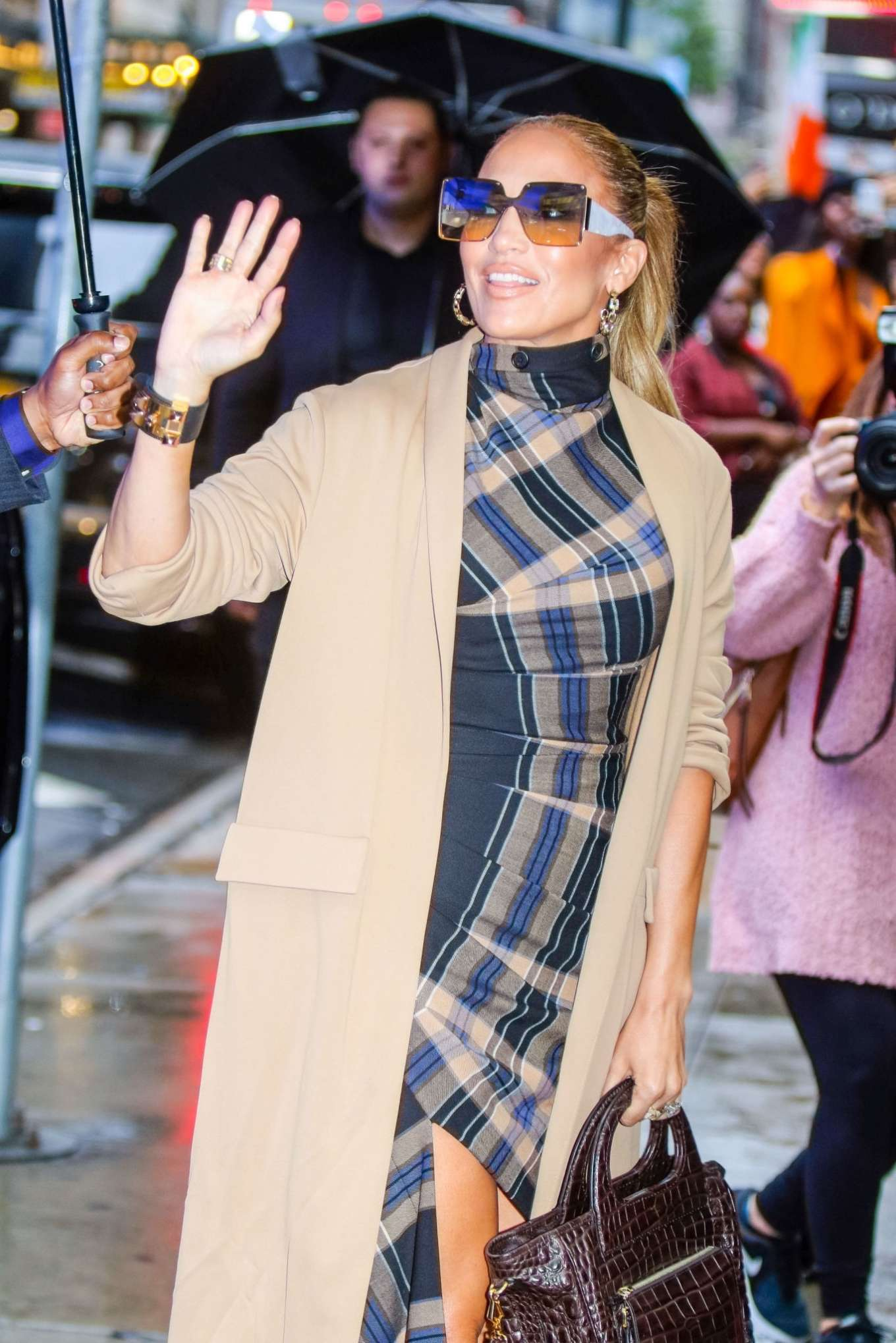 Jennifer Lopez 2019 : Jennifer Lopez is seen arriving at Good Morning America-06