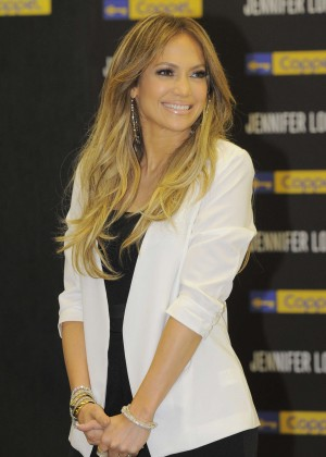 Jennifer Lopez - JLO Collection Launch in Mexico City