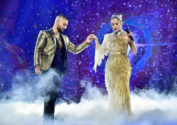 Jennifer Lopez 2019 : Jennifer Lopez joins Maluma onstage at Madison Square Garden-03