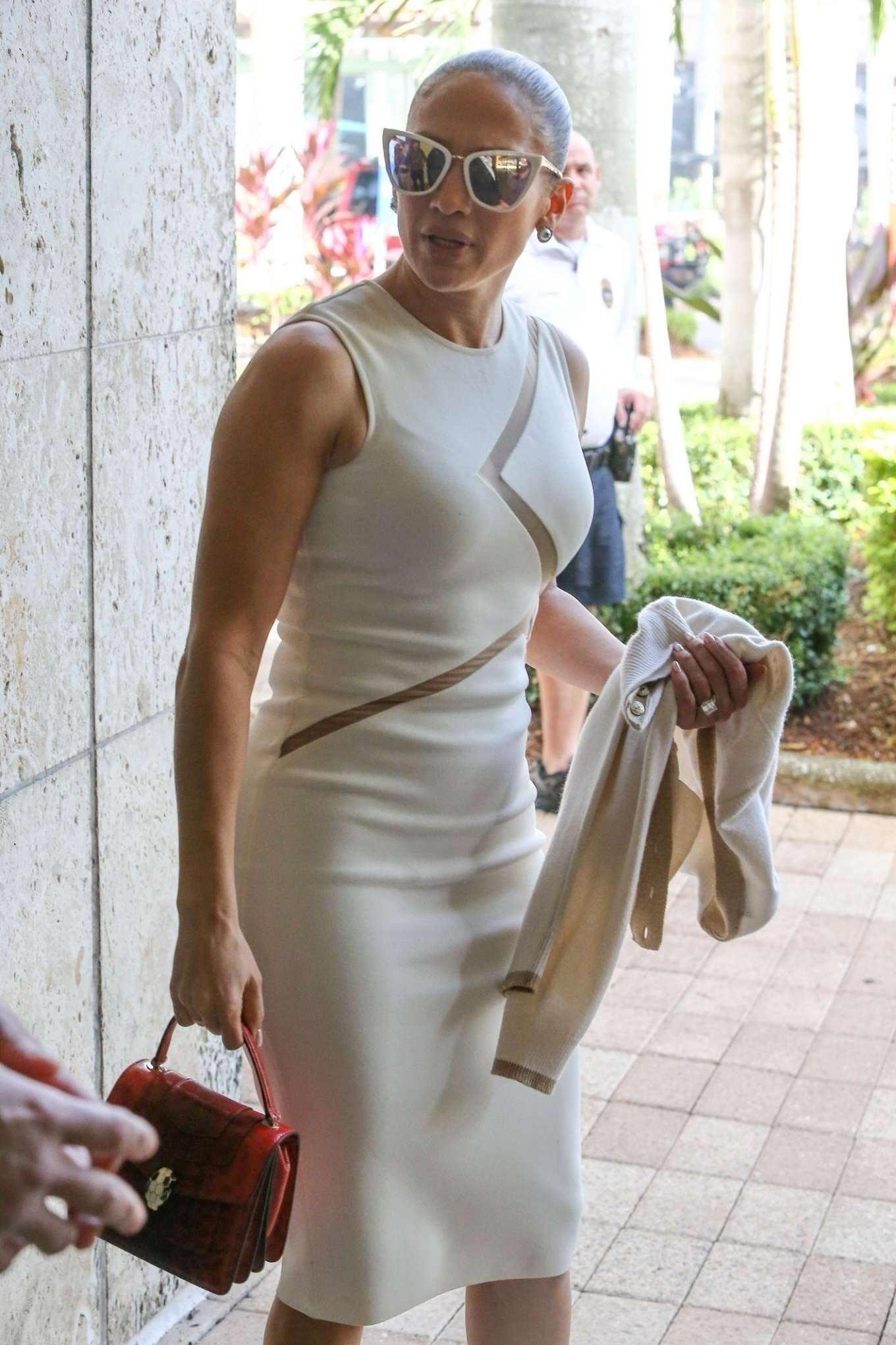 Jennifer Lopez - Leaves a graduation party at the University of Miami in Miami
