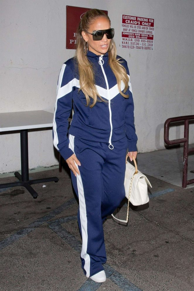 Jennifer Lopez – Leaves Craig's in West Hollywood