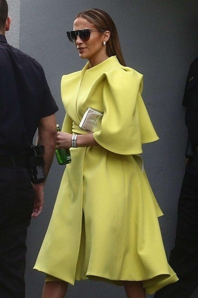 Jennifer Lopez - Leaves Despierta America in Miami