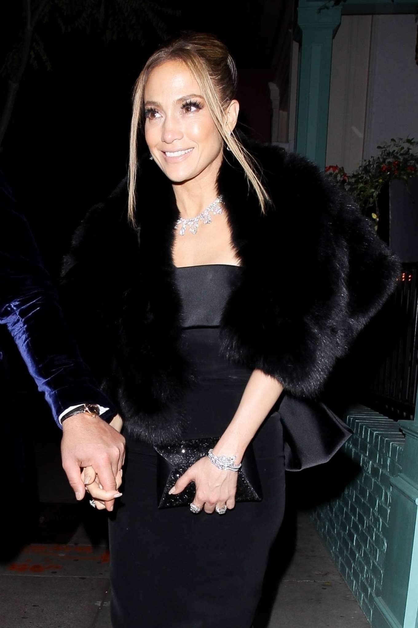 Jennifer Lopez - Leaves SAG Awards in West Hollywood