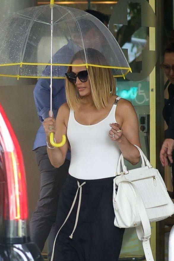 Jennifer Lopez - Leaving a hotel in Miami